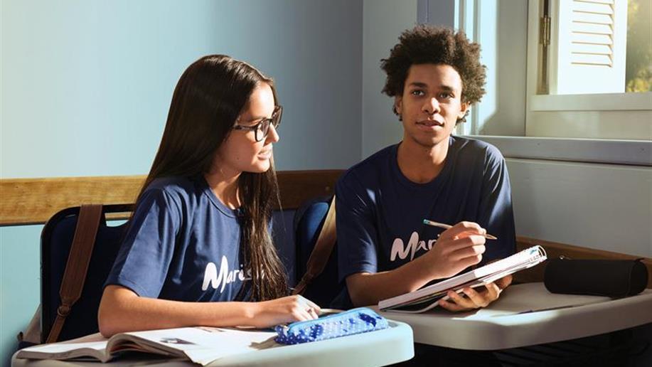 Os conteúdos são trabalhados de forma interdisciplinar, por meio do Sistema Marista de Educação